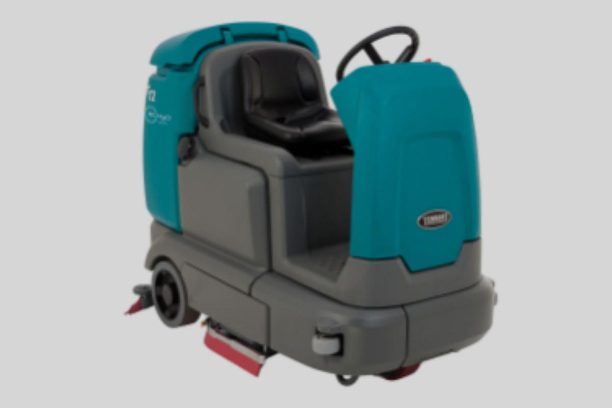 https://batterywarehouseinc.com/wp-content/uploads/2020/03/Powered_Floorscrubber_2.jpg